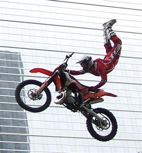 Motorradrennen Pc Kostenlos by Motorrad Jumping Foto Bild Sport Motorsport