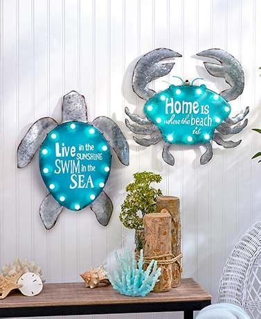 Sea Turtle Bedroom Decor by 17 Best Ideas About Themed Bedrooms On