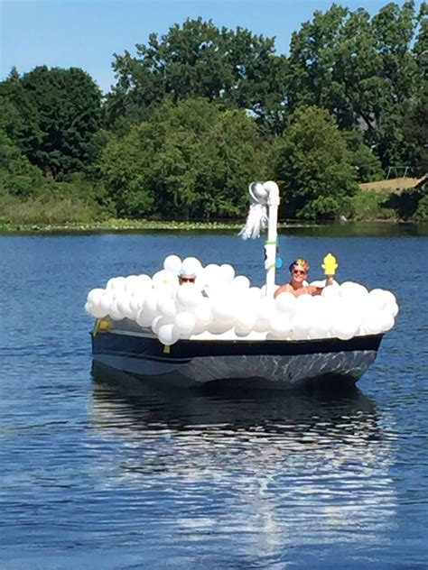 bath boat bubble bath boat parade float boat parade pinterest