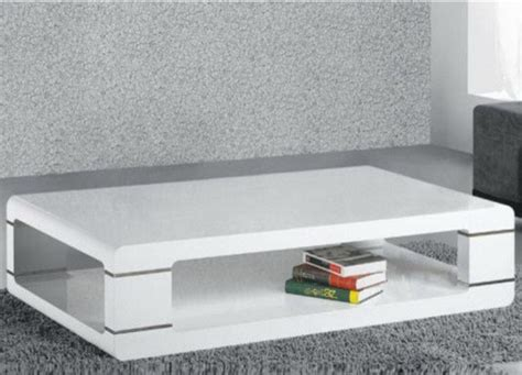modern coffee table in white lacquer contemporary