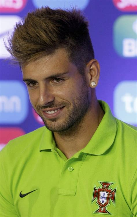 cool miguel veloso hairstyle football player popular razor cut hairstyles for men