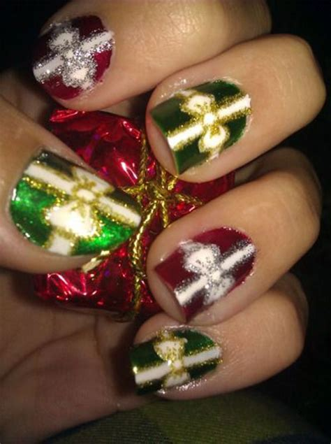 12 easy christmas present nail art designs ideas 2015