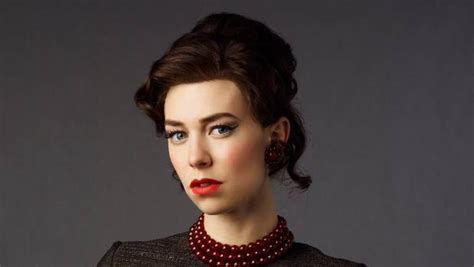 vanessa kirby brown hair the crown vanessa kirby reveals why princess margaret was