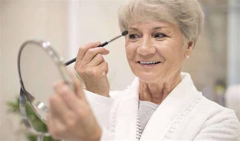 professional over 50 5 professional makeup tips for older women who use minimal
