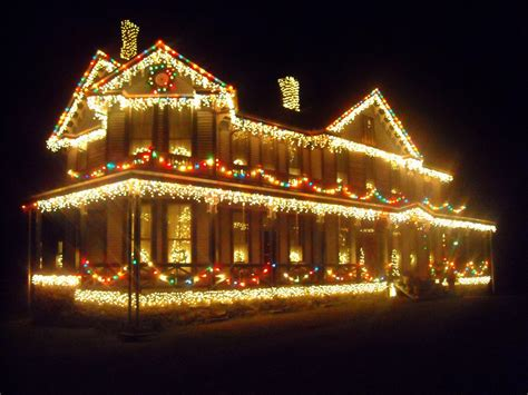 holiday light display in ansted west virginia explorer