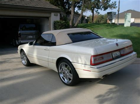 car repair manual download 1993 cadillac allante security system service manual how to bleed 1993 cadillac allante 1993 cadillac allante convertible