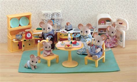 dollhouse 2000s 30 toys of your childhood