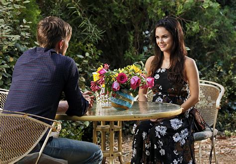 zoe hart pregnant hart of dixie season 4 episode 3 synopsis out wade
