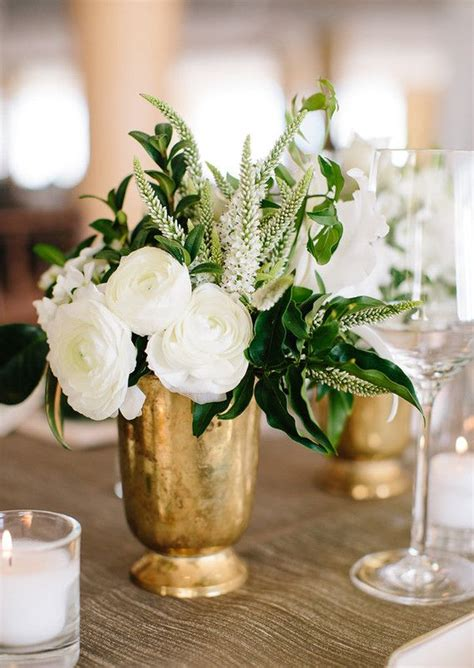 Small Vases For Centerpieces Best 25 Gold Vase Centerpieces Ideas On Small