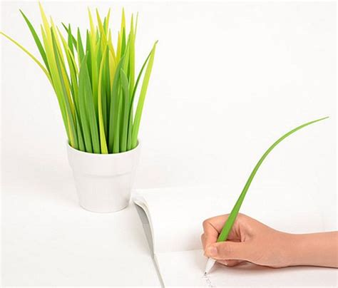 cool green products pooleaf pen doubles as decorative indoor plant