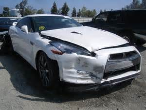 Salvage Nissan Gtr Jn1ar5ef5dm260562 Bidding Ended On 2013 White Nissan Gt R