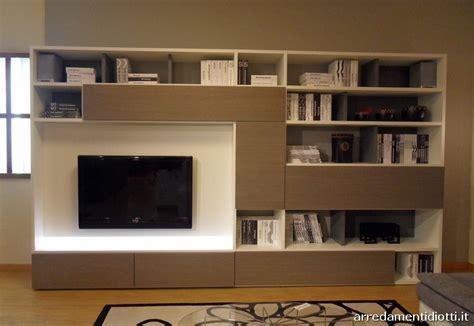 scrittoio con libreria libreria con scrittoio librerie e mensole per la cameretta