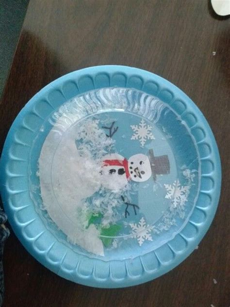 Paper Snow Globe Craft - paper plate snowglobe winter