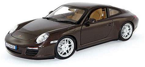 porsche model car bburago porsche 911 s 1 24 scale diecast model