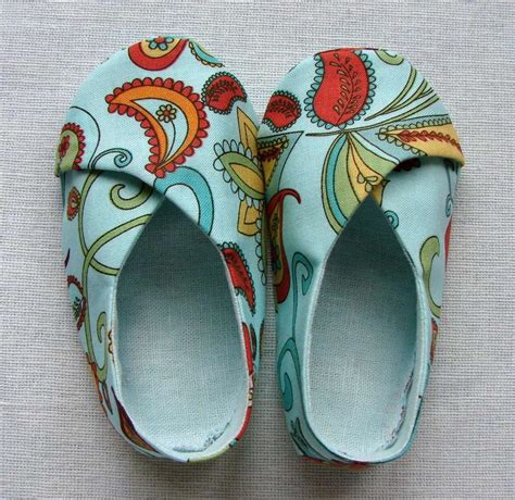 baby shoes pattern baby kimono shoes by lenav craftsy