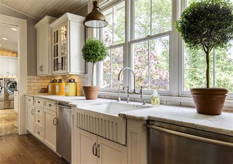 Cabinet Styles And Colors by Farmhouse Kitchen Cabinets Door Styles Colors Ideas