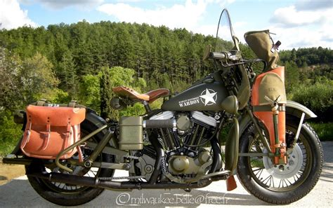 Indian Motorrad Nachbau by Harley Davidson 883 Xwl Warboy Us Army Replica Autoevolution