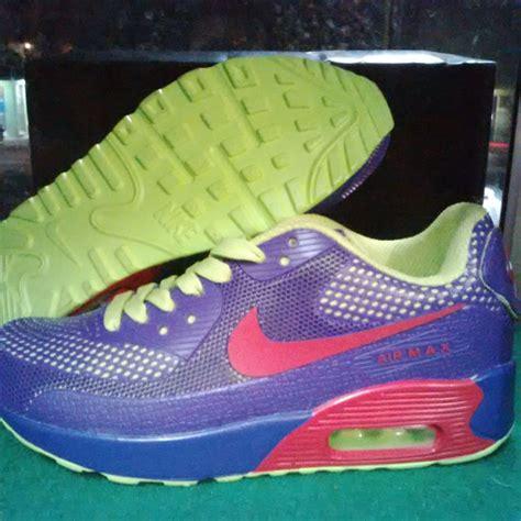 Sepatu Sport Nike Flyknit Max Premium Import 1 jual sepatu nike air max premium 90 lelono sport indonesia