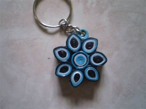 How To Make Paper Keychains - paper quilling keychain paper quilling