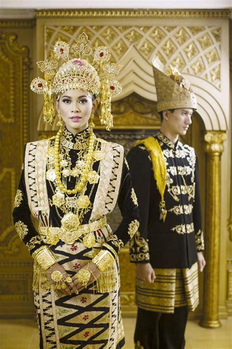 Foto Prewedding Adat Jawa Timur by 12 Inspirasi Busana Pengantin Tradisional Membuat Kita
