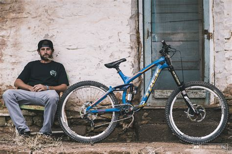 r for dogs bull rage 2014 r pinkbike