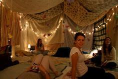how to make a fort in a bedroom sleepover fort on pinterest blanket forts indoor forts