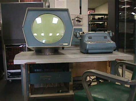 Net.art et arts du réseau: octobre 2007