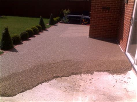 resin bound gravel driveway installation specialists resin bound gravel napp brothers surfacing