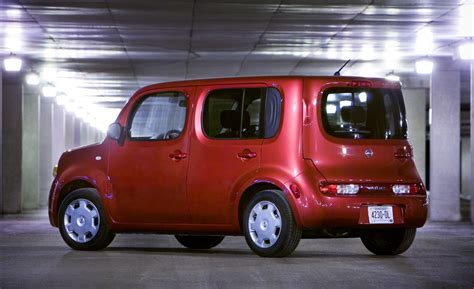 2014 nissan cube car and driver