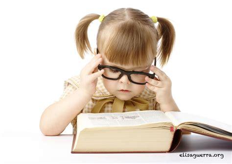 libro girlgaze how girls see c 243 mo ense 241 ar a leer antes de los 6 youtube