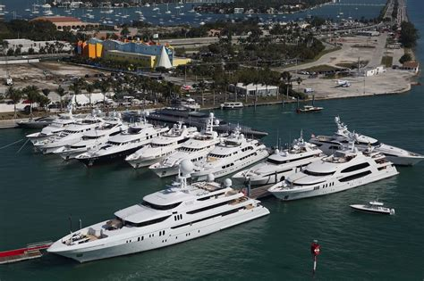 miami beach boat show 2017 buzzy event preview of yachts miami beach 2017 boat show