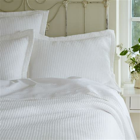 white quilted coverlet hudson white twin matelasse