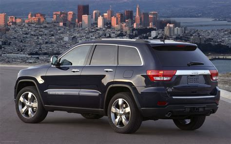 jeep grand cherokee 2011 widescreen exotic car image 04 of 30 diesel station