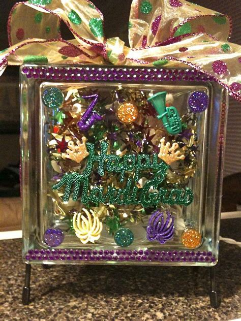 Cheap Mardi Gras Decorations by 1000 Images About Mardi Gras Decorations On