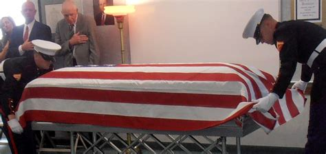 flag draped casket is it proper to display a flag which draped a casket