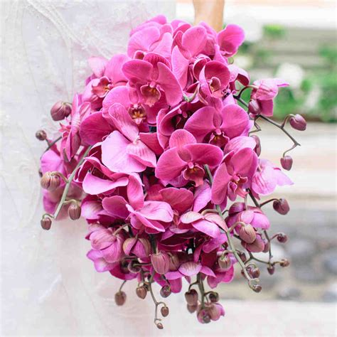 wedding flower wedding flowers bouquets martha stewart weddings