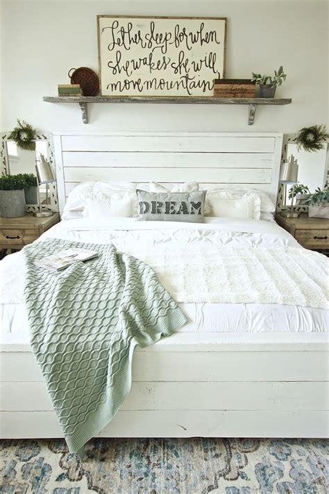rustic farmhouse bedroom decor inspiration ideas