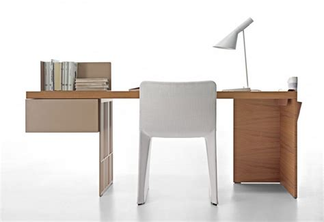 Office Small Home Office Space With Modern Desk Designs Modern Wood Office Desk