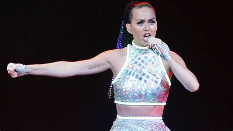 Tas Fashion Min Min Perry 8182 katy perry lashes out at australian paparazzi in second