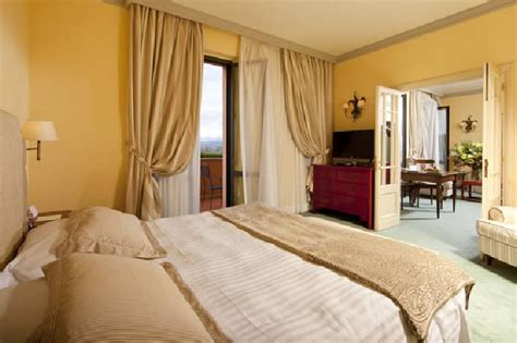 soggiorno romantico toscana offerta 1 notte charme e benessere in hotel 5 stelle