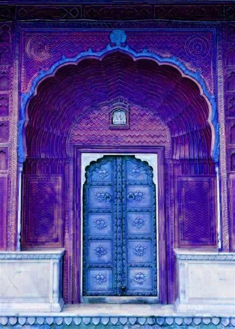 arabic door colorful doors pinterest blue purple architecture door colorful jaipur regal
