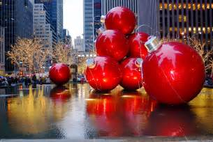 Christmas Decoration Pictures Nyc Nyc Christmas Holiday Decorations On Sixth Avenue