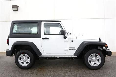 jeep white 2 door 2013 jeep wrangler sport 4x4 sport 2dr suv suv 2 doors