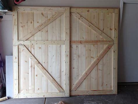montare un armadio installare un armadio a muro cura dei mobili consigli
