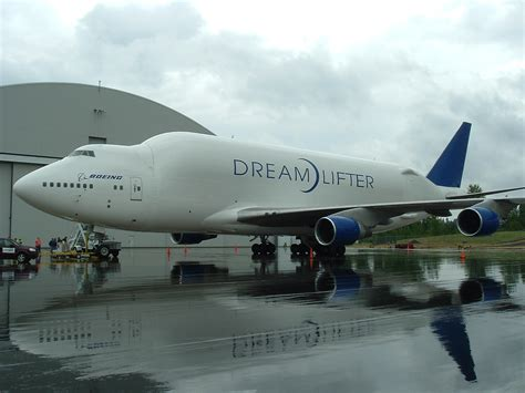 boeing 747 400 large cargo freighter wikip 233 dia