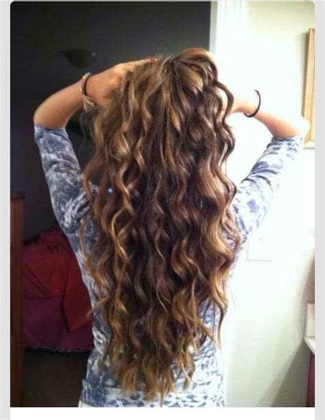 wave perm hair best 25 loose wave perm ideas on pinterest loose curl