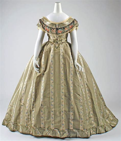 Dress Albi 2 Brown 509 best images about 1860 s gowns on