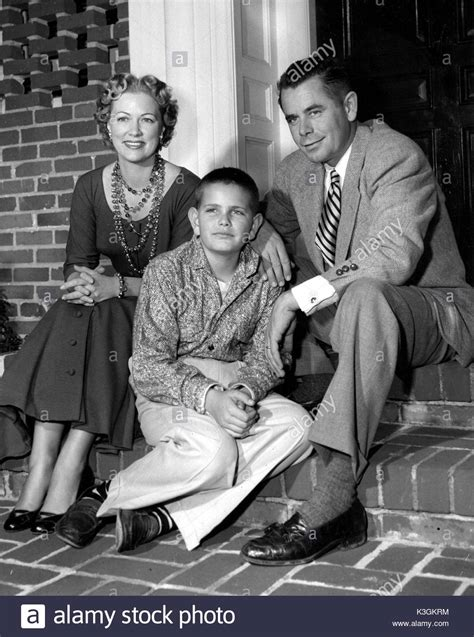 movie actor glenn ford glenn ford american actor with his first wife eleanor