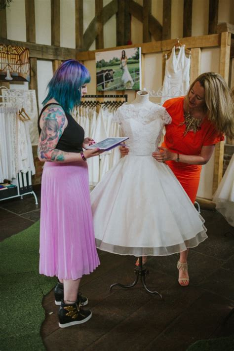 Dress Caroline Isn how to get the fit for your wedding dress 183 rock n roll