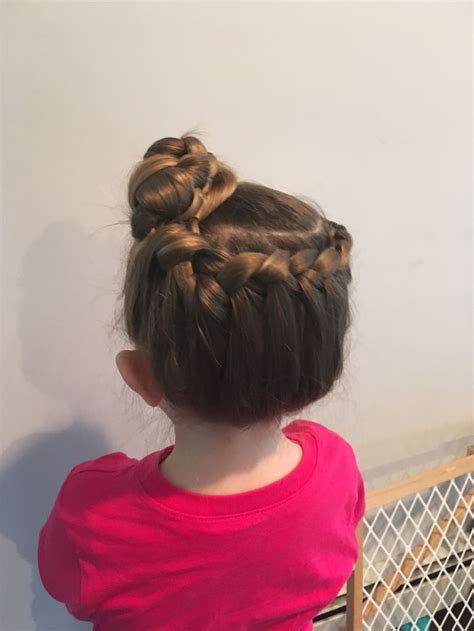 easy hairstyles for school mornings i give my hairstyles every morning